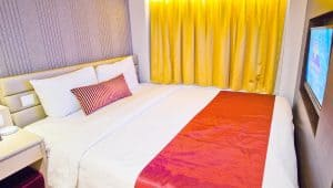 star pices deluxe room